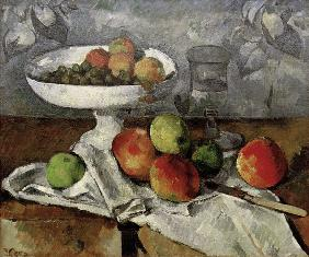 Still life with fruit bowl.